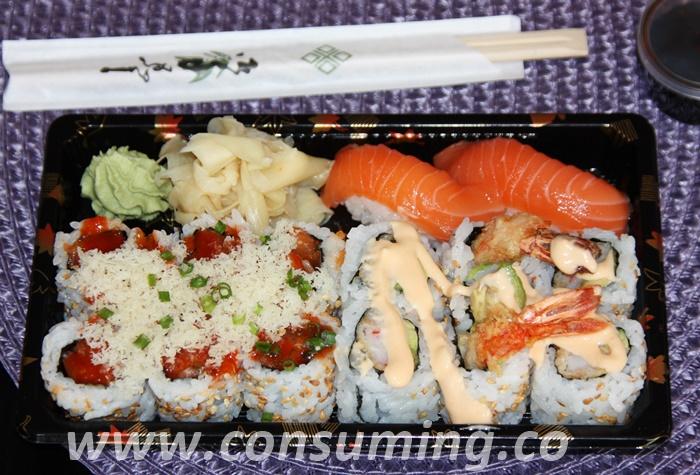 Sushi fra Tin tin brett med 10 biter